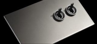 Doble interruptor en aluminio acabado mate