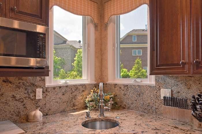 aprovechar espacio cocina fregaderos esquina 1 Aprovechar Espacio en la Cocina: Fregaderos en Esquina