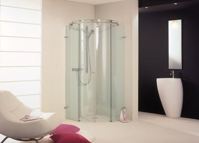 Baños Modernos Acabados:baños modernos con mamparas curvas de vidrio