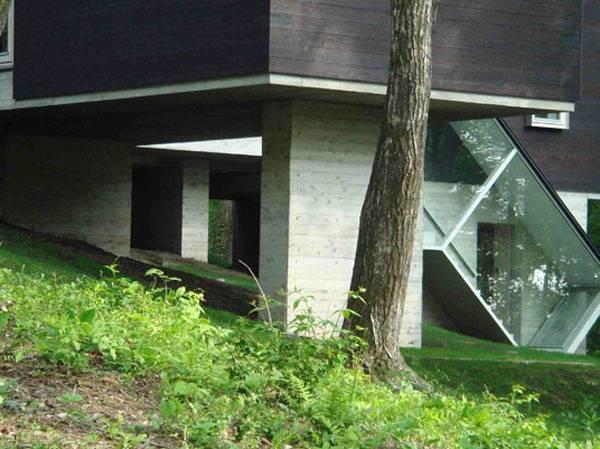 casa-diseno-interesante-interior-minimalista-10