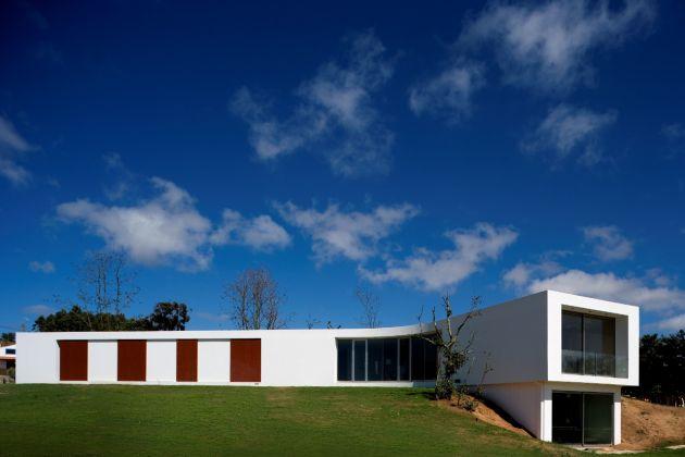 Casa Y, por Sousa Santos Architects