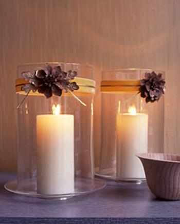 Centro de mesa navide o con pi as y hojas secas for Decoracion con pinas secas