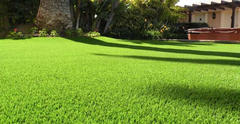 Pon a punto tu jard n y disfruta del verano - Cesped artificial para jardin ...