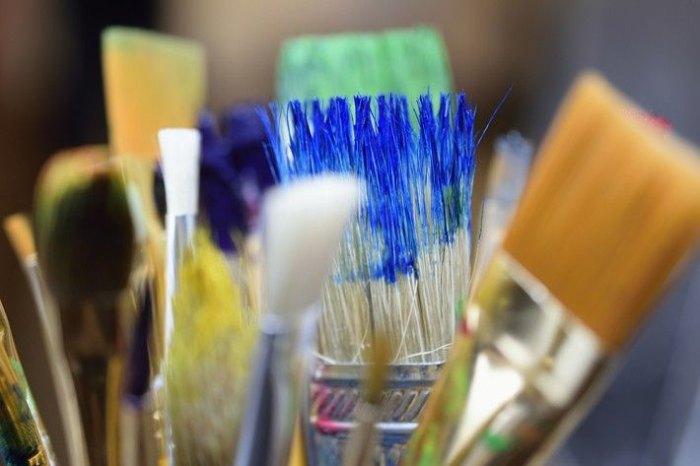 consejos-limpieza-pinceles-brochas