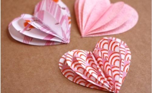 decoracion san valentin guirnalda corazones tela 3 Decoración San Valentín: Guirnaldas de Corazones de Tela
