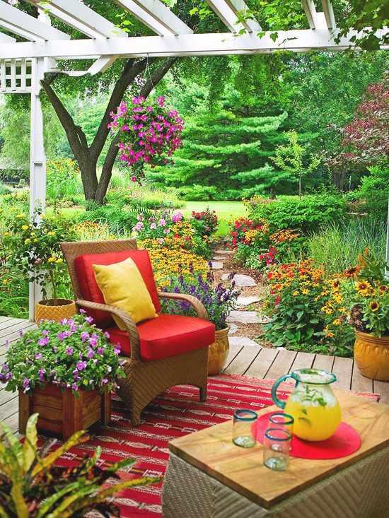 decorar con color un espacio exterior