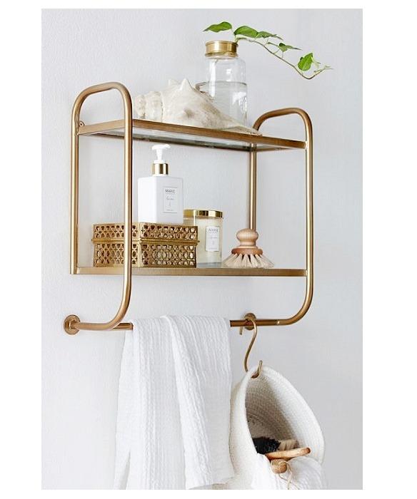 cómo renovar el baño y decorar con accesorios