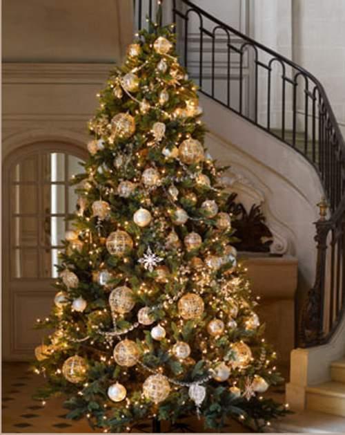 Vive green arboles de navidad artificiales o naturales for Arbol artificial decoracion