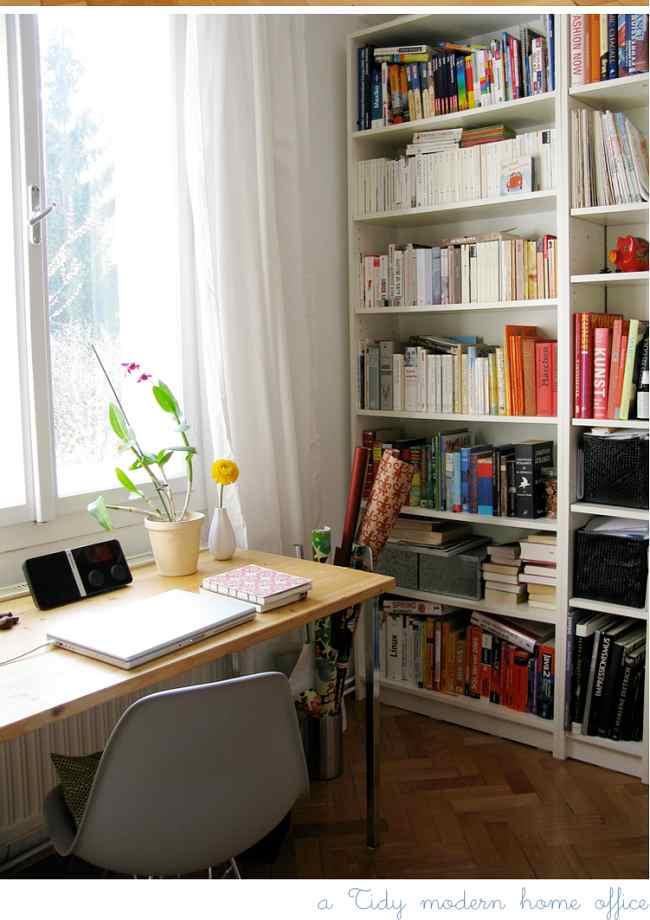 escritorio bajo ventana Cómo Decorar una Zona de Trabajo en Casa