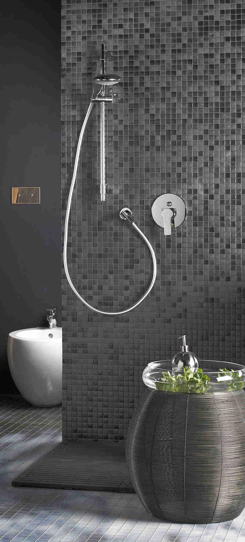 Moderna grifer a encastrada para ducha for Griferia moderna para banos