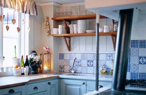 M s ideas para decorar cocinas peque as - Utensilios para pintar paredes ...