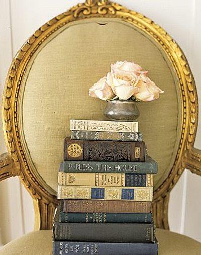 Ideas vintage para decoraci n de ambientes libros antiguos for Libros de decoracion