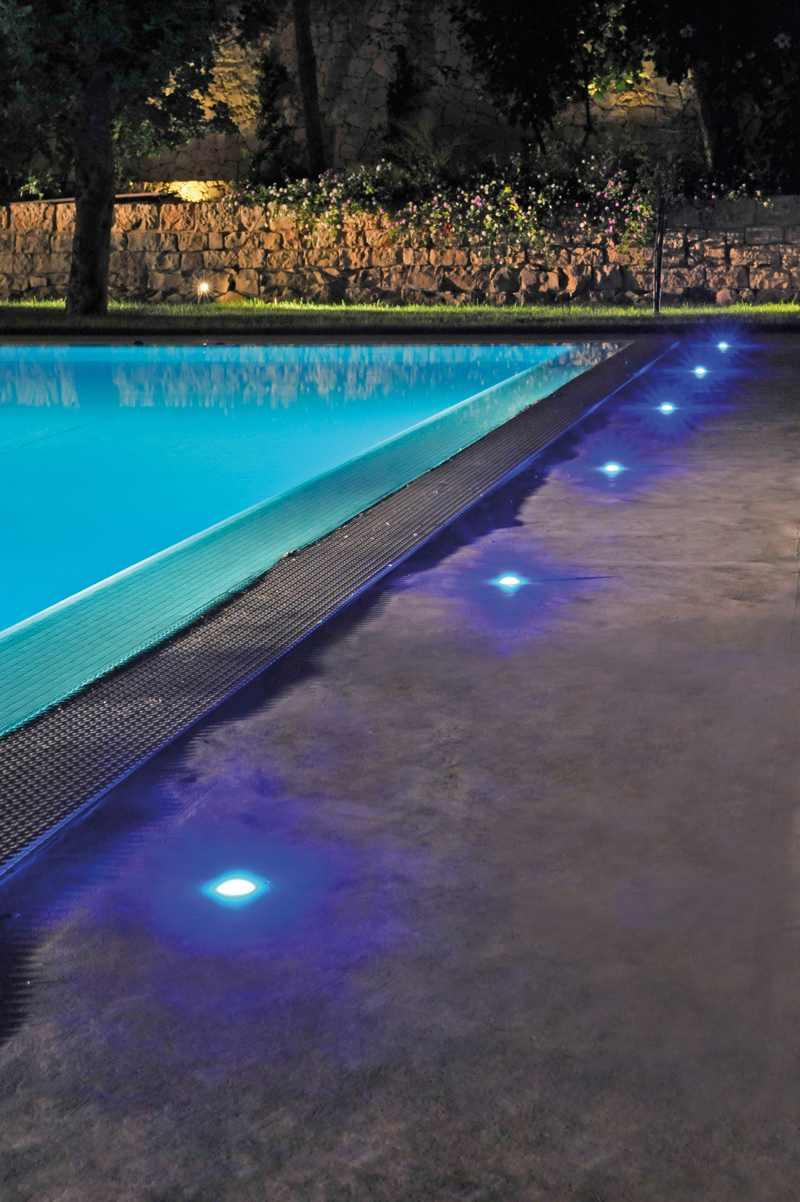 Novedades para exteriores iluminaci n de piscinas for Iluminacion led piscinas