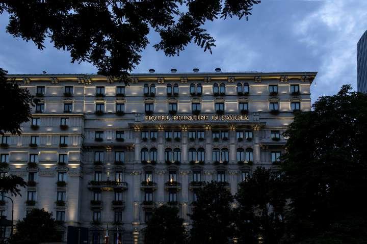 luz + arquitectura en un hotel de lujo