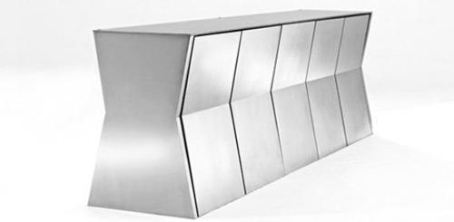 Monolith: Mesa y Sillas para Ahorrar Espacio