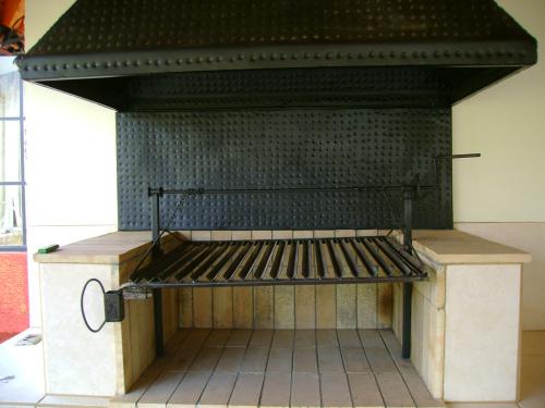 Construcci n de una parrilla - Cocinar en la chimenea ...