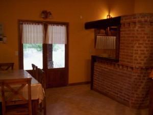 quincho interior 300x225 Quinchos: espacios para recreación