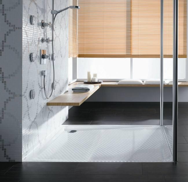 Baños Duchas Modernas:Estas superficies de ducha vitrificadas son una tendencia, y se