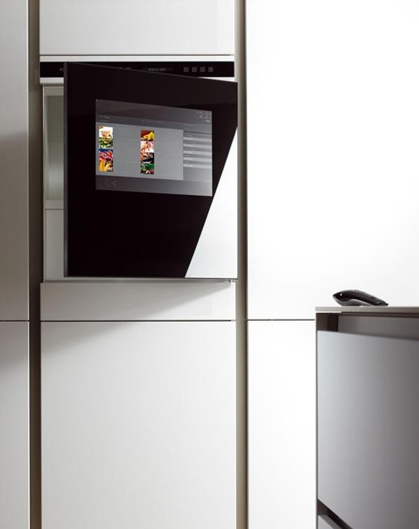 tecnologia cocina armarios multimedia 2 Tecnología en la Cocina con Armarios Multimedia