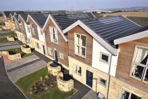 Tejados solares energ as renovables para bombillas led for Tejados solares