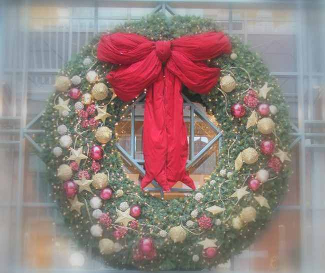 Tips decoraci n de navidad coronas de navidad cl sicas y - Modelos de coronas ...