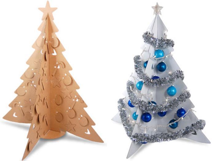 un arbol de navidad de carton plateado Un Árbol de Navidad de Cartón