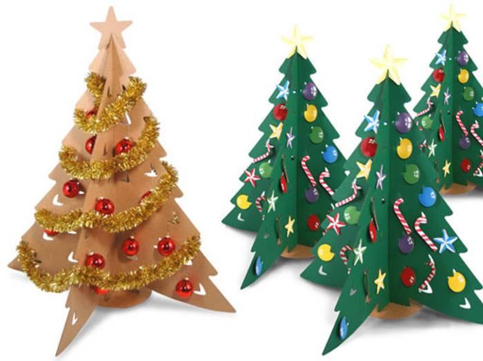 un arbol de navidad de carton Un Árbol de Navidad de Cartón