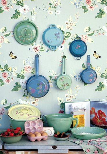vajilla y utensilios decorativos